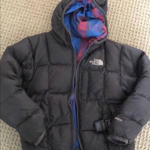 North face jacket  boys size 5. Vguc. A STEAL!